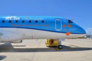 KLM Embraer E175