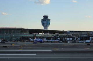 New York La Guardia Airport