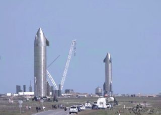 SpaceX starship SN9 and SN10
